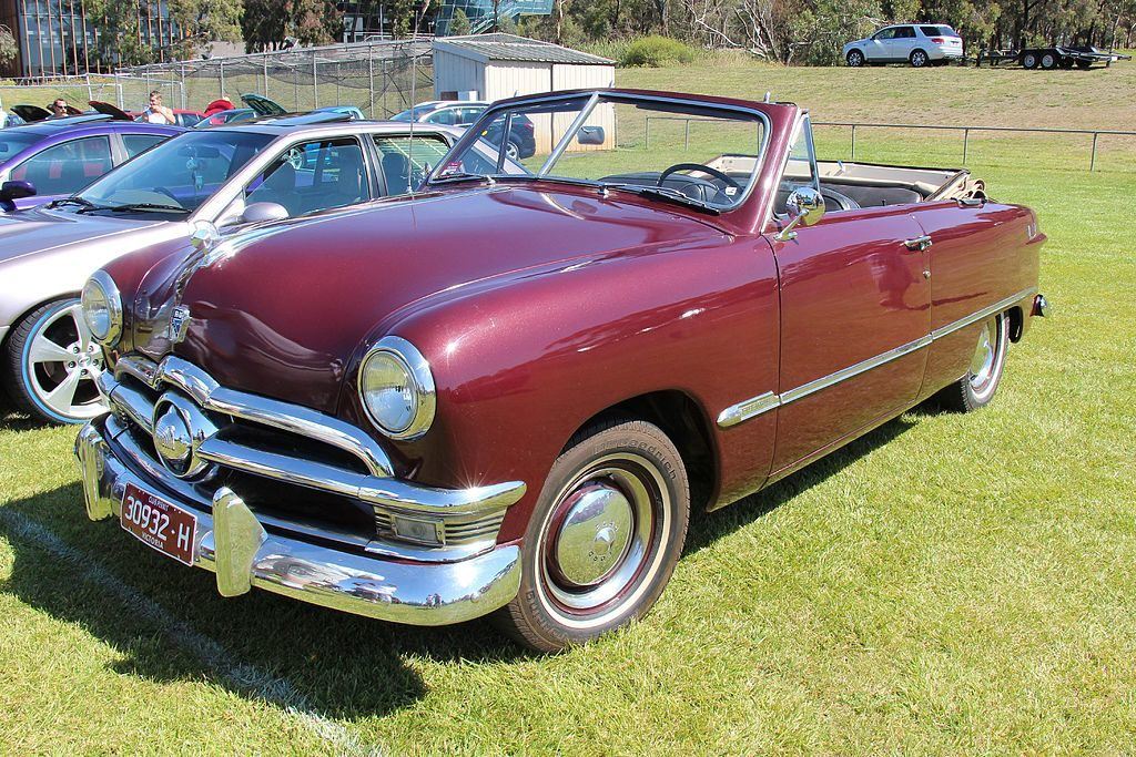 1950_ford_custom_deluxe_convertible_20186767681