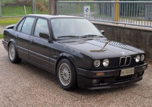 1988-1991 BMW 320is