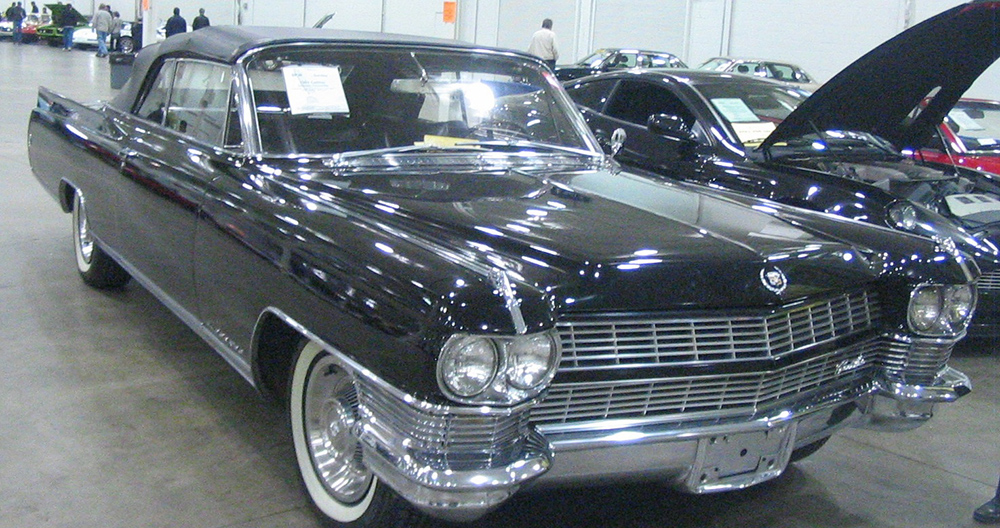 looking where to sell my classic cadillac ask the chicago car club. Black Bedroom Furniture Sets. Home Design Ideas