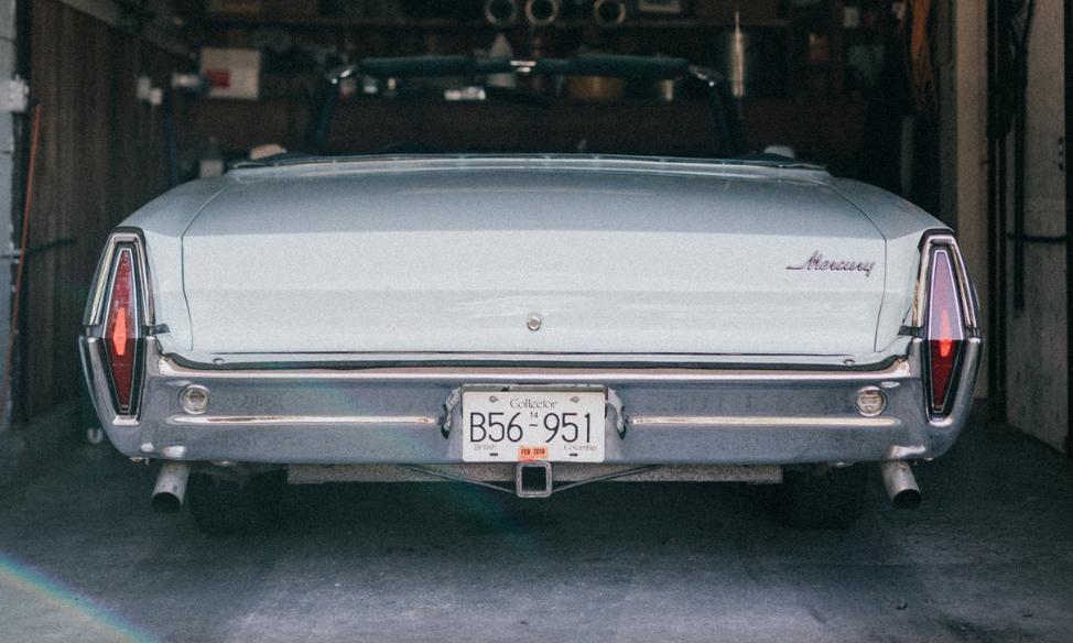 garage, classic car buyer, vintage car buyer